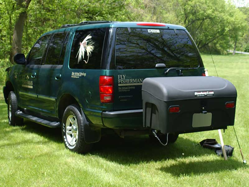 Fly fisherman SUV with StowAway Standard Carrier