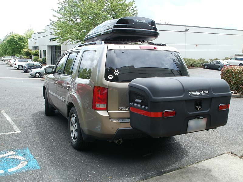 Honda Pilot with StowAway MAX Cargo Carrier